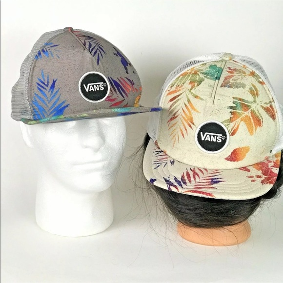 2fb72524a5d Two Vintage VANS Snapback Mesh Baseball Hats! M 5c7a80c2409c15c020828061